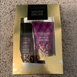 Winter orchard duo